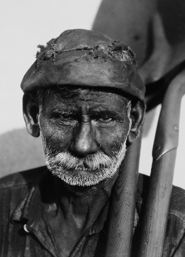 Walker Evans Cuban dock worker